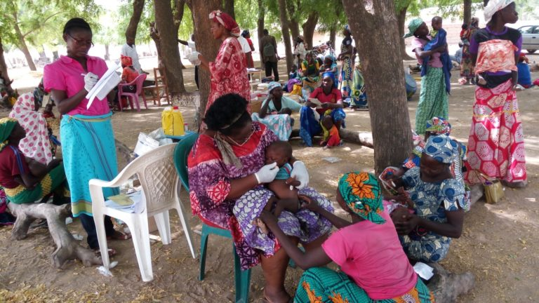 mission-sur-terrain-enfants-Maroua-CRASAN